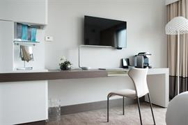 93795_005_Guestroom