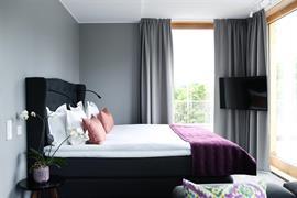 88214_003_Guestroom