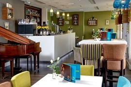 ten-hill-place-hotel-dining-02-84207