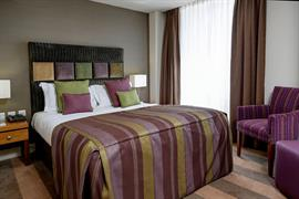 ten-hill-place-hotel-bedrooms-06-84207