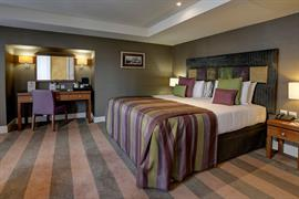 ten-hill-place-hotel-bedrooms-08-84207