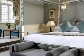 winchester-royal-hotel-bedrooms-21-84202