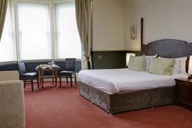 craiglands-hotel-bedrooms-02-84222