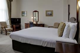 craiglands-hotel-bedrooms-06-84222