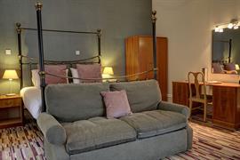craiglands-hotel-bedrooms-10-84222