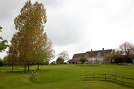 cricklade-house-hotel-grounds-and-hotel-02-56110