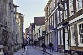 guy-fawkes-inn-grounds-and-hotel-02-56101