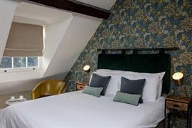 hallgarth-the-manor-house-bedrooms-06-84255