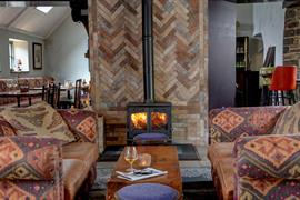hallgarth-the-manor-house-dining-03-84255