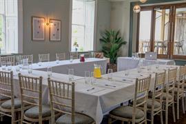 hallgarth-the-manor-house-meeting-space-01-84255
