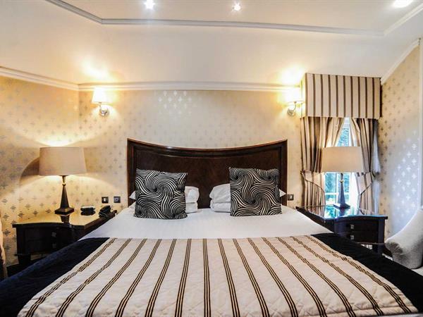 hardwick-hall-hotel-bedrooms-85-83830