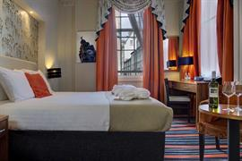heywood-house-hotel-bedrooms-03-84242