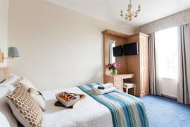 hotel-collingwood-bedrooms-03-56104