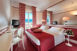 98358_000_Guestroom