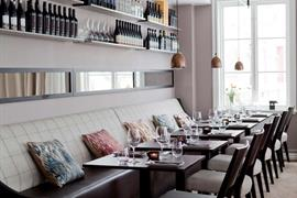 88228_002_Restaurant