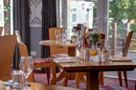the-judds-folly-hotel-dining-01-84264