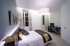 93846_006_Guestroom
