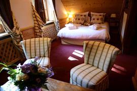 93834_003_Guestroom