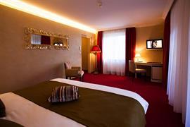 93834_004_Guestroom