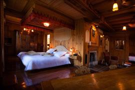 93834_006_Guestroom