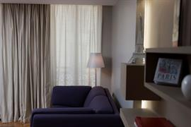 93860_002_Guestroom