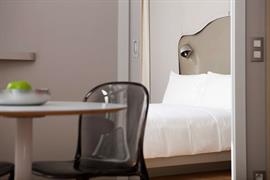 93860_004_Guestroom