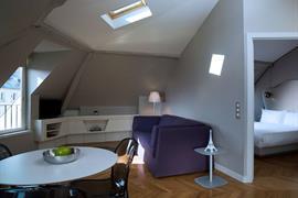 93860_005_Guestroom