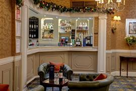 the-norfolk-royale-hotel-dining-01-84262