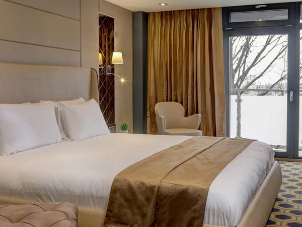 the-putney-hotel-bedrooms-01-84258