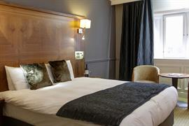 quorn-country-house-hotel-bedrooms-01-84239