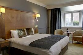 quorn-country-house-hotel-bedrooms-02-84239