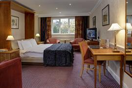 quorn-country-house-hotel-bedrooms-08-84239