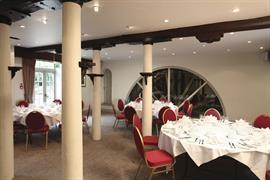 cambridge-quy-mill-hotel-wedding-events-02-83673