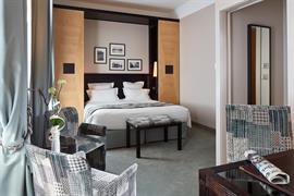 93843_004_Guestroom