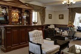 risley-hall-hotel-dining-03-56103