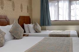 birmingham-south-bedrooms-01-56109