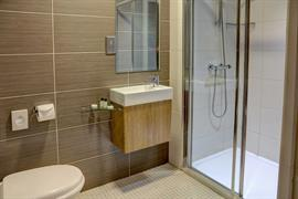 sure-hotel-newcastle-bedrooms-03-84269