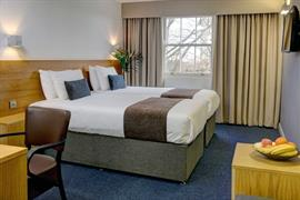 sure-hotel-newcastle-bedrooms-08-84269