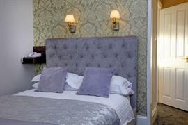 sure-hotel-lockerbie-bedrooms-13-83550
