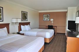 54001_004_Guestroom