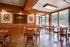 54004_004_Restaurant