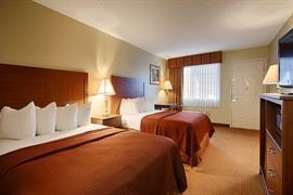 54004_006_Guestroom