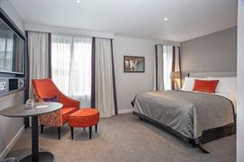 ten-hill-place-hotel-bedrooms-20-84207