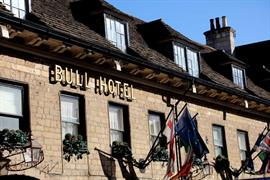 the-bull-grounds-and-hotel-01-84253
