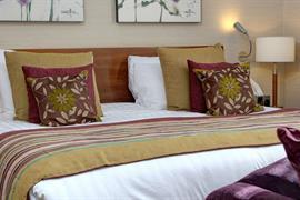 the bull hotel bedroom