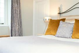 jersey-arms-bedrooms-23-83710