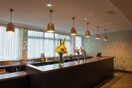 the-lincoln-hotel-dining-03-56102