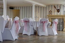 the-new-hobbit-hotel-wedding-events-02-84256