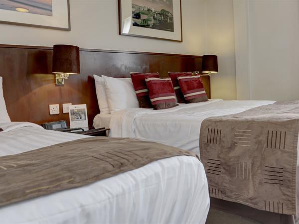 sea-hotel-bedrooms-10-83751