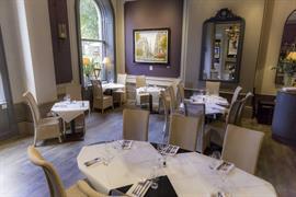 white-hart-hotel-dining-08-84235
